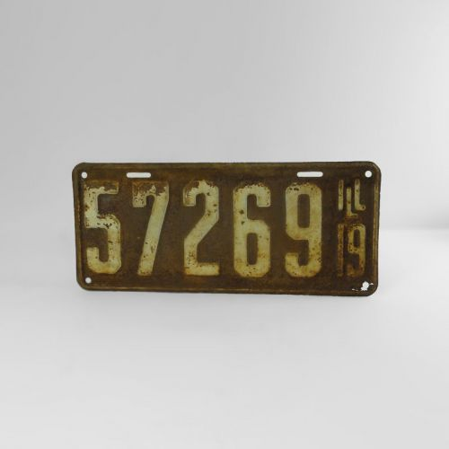 1919 Authentic Vintage Illinois Metal Car License Plate