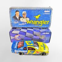 Dale Earnhardt Sr. 1:24 scale 1999 Wrangler Stock Car in Box