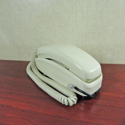 GTE 1990s Ivory Push Button Telephone