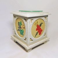 Wood with Floral Panes No. 03 Electric Oil Tart Warmer