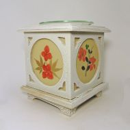 Wood with Floral Panes No. 07 Electric Oil Tart Warmer