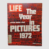 Life Magazine Double 12-29-1972 The Year of Pictures 1972