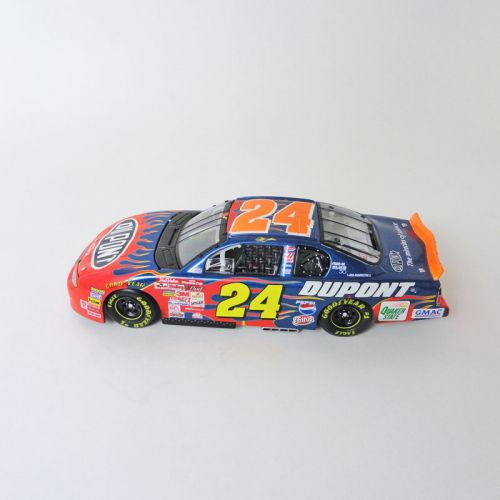 Jeff Gordon Flames Nascar No 24 Action Racecar Bank with Key