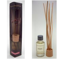 Berries Reed Diffuser Box Set includes Reeds and Oil