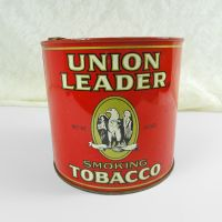 Union Leader Round Metal Tobacco Tin with Key